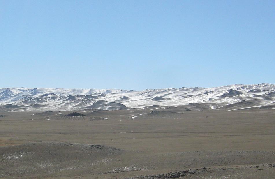 モンゴルの旅 -鉄道でザミンウ...