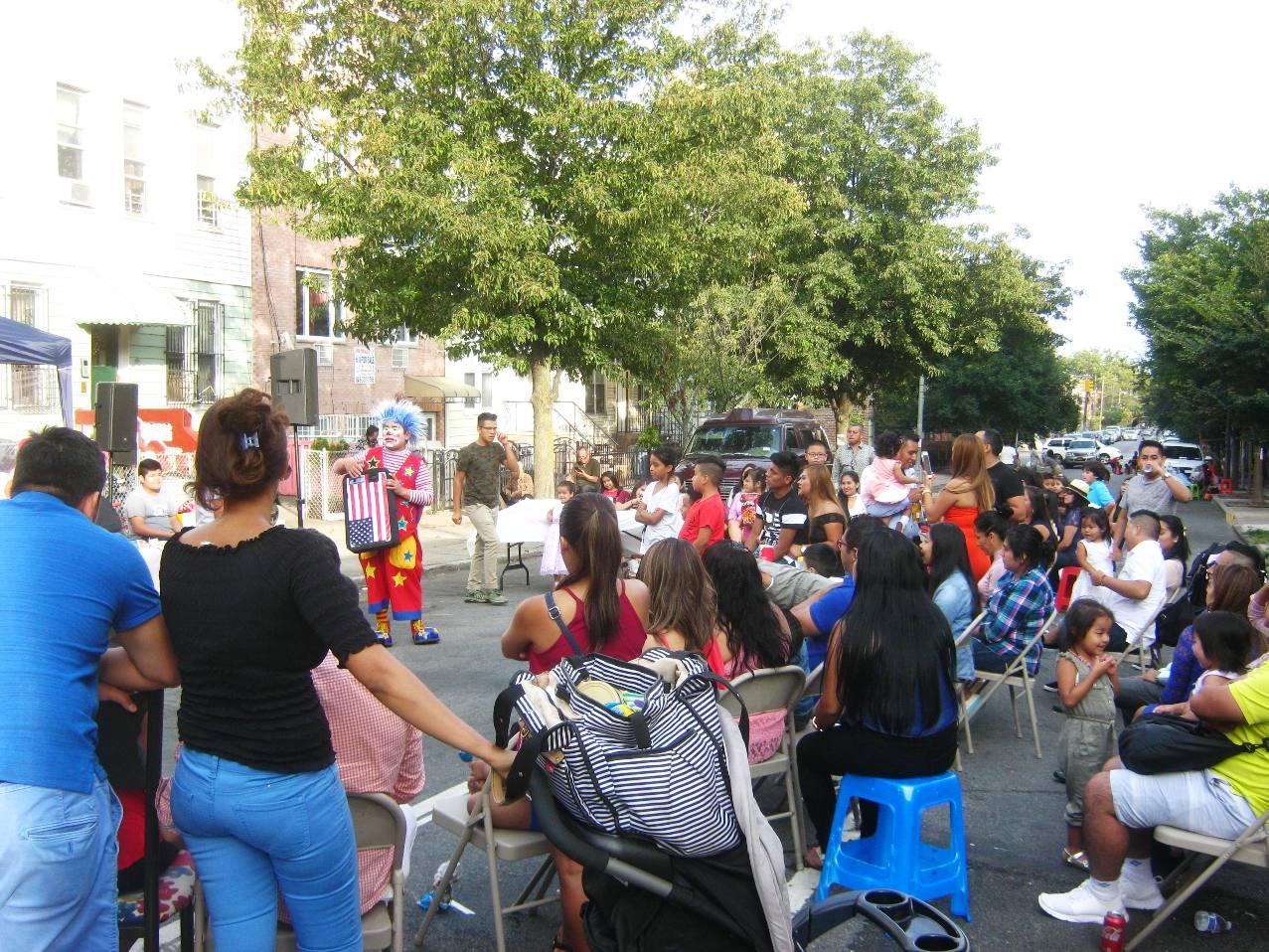 ブルックリン・サンセットパークでのブロックパーティーのお祭り