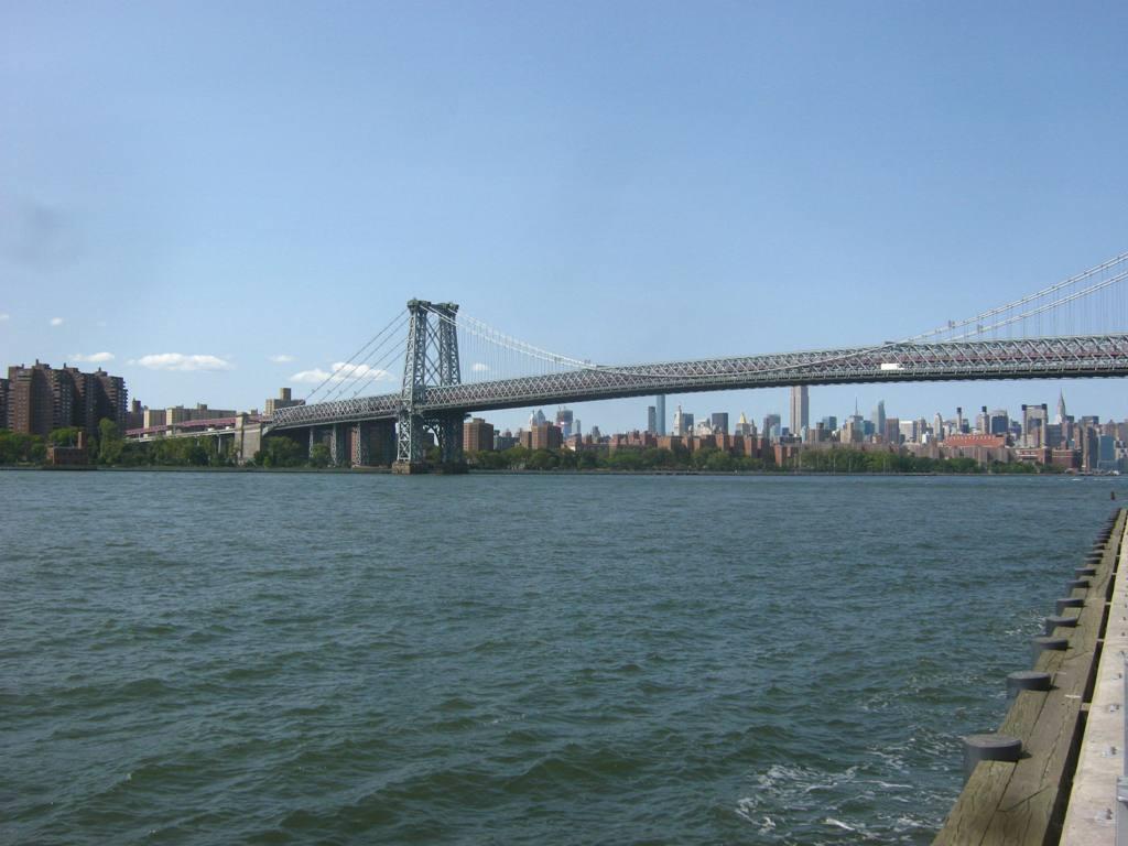 ウィリアムズバーグ橋