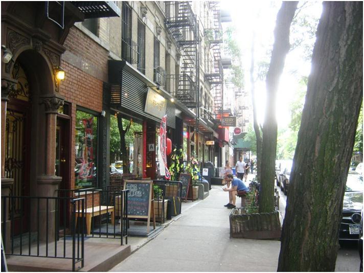 NYマンハッタン10番ストリートに日本レストランが4~5軒。