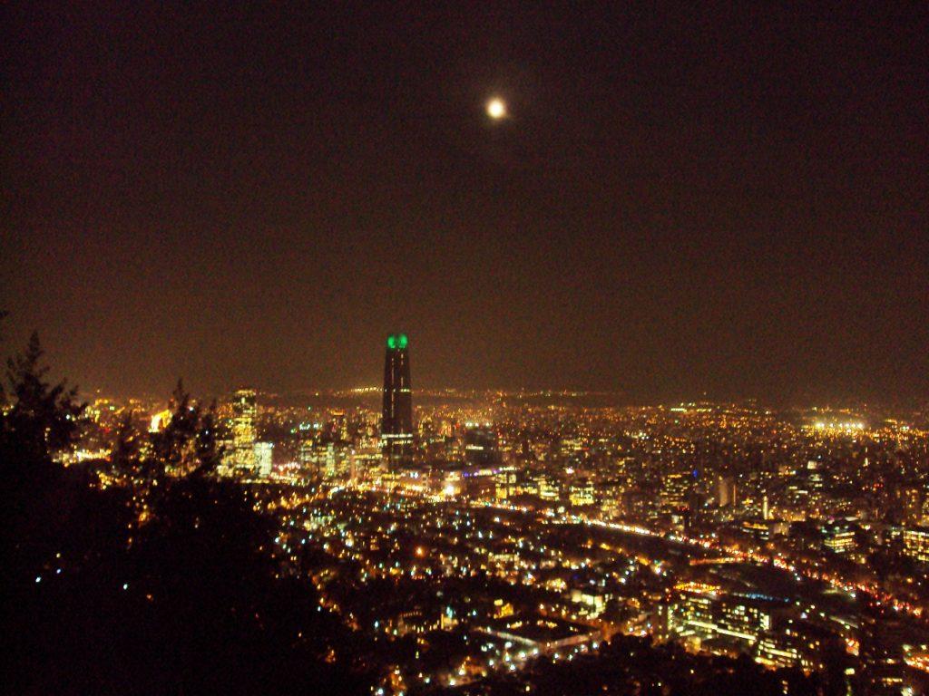 サン・クリストバルの丘からの夜景。