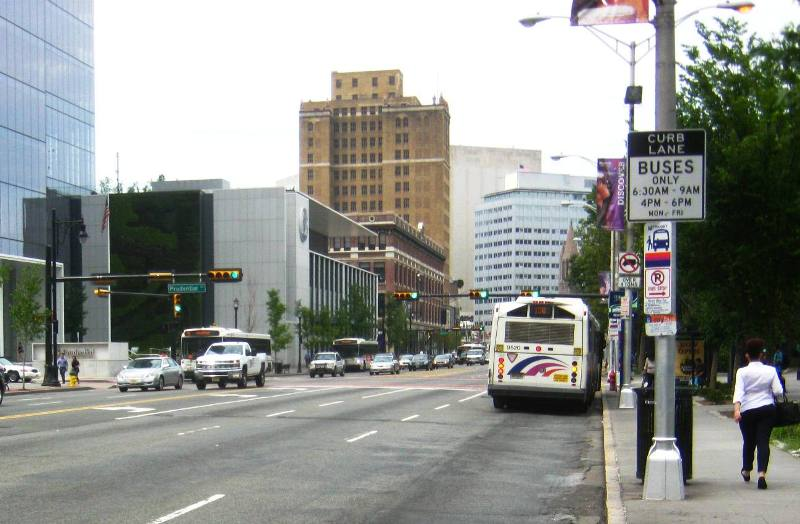 ニューアーク市の中心ビジネス街。