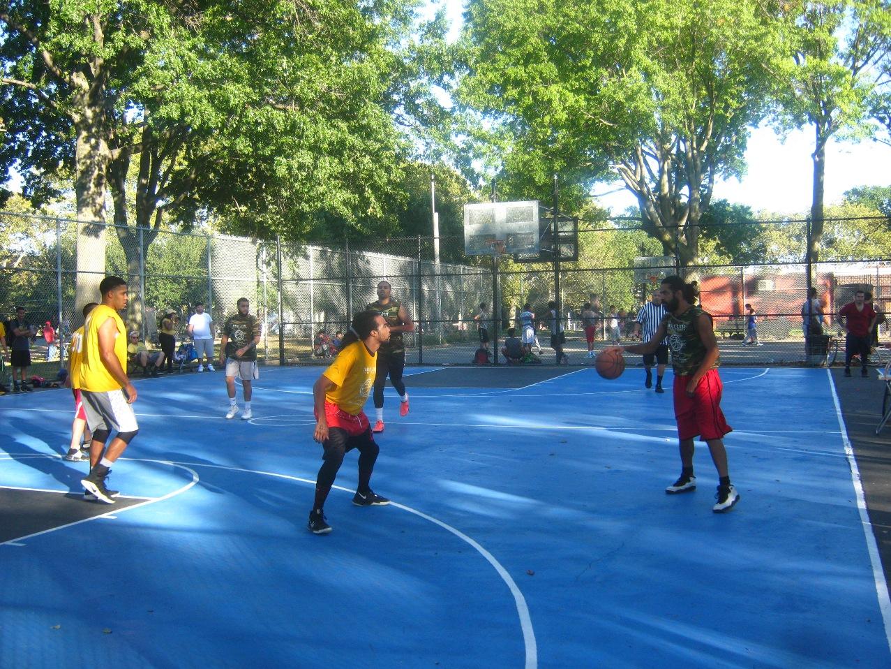 社会人バスケットボールの試合。
