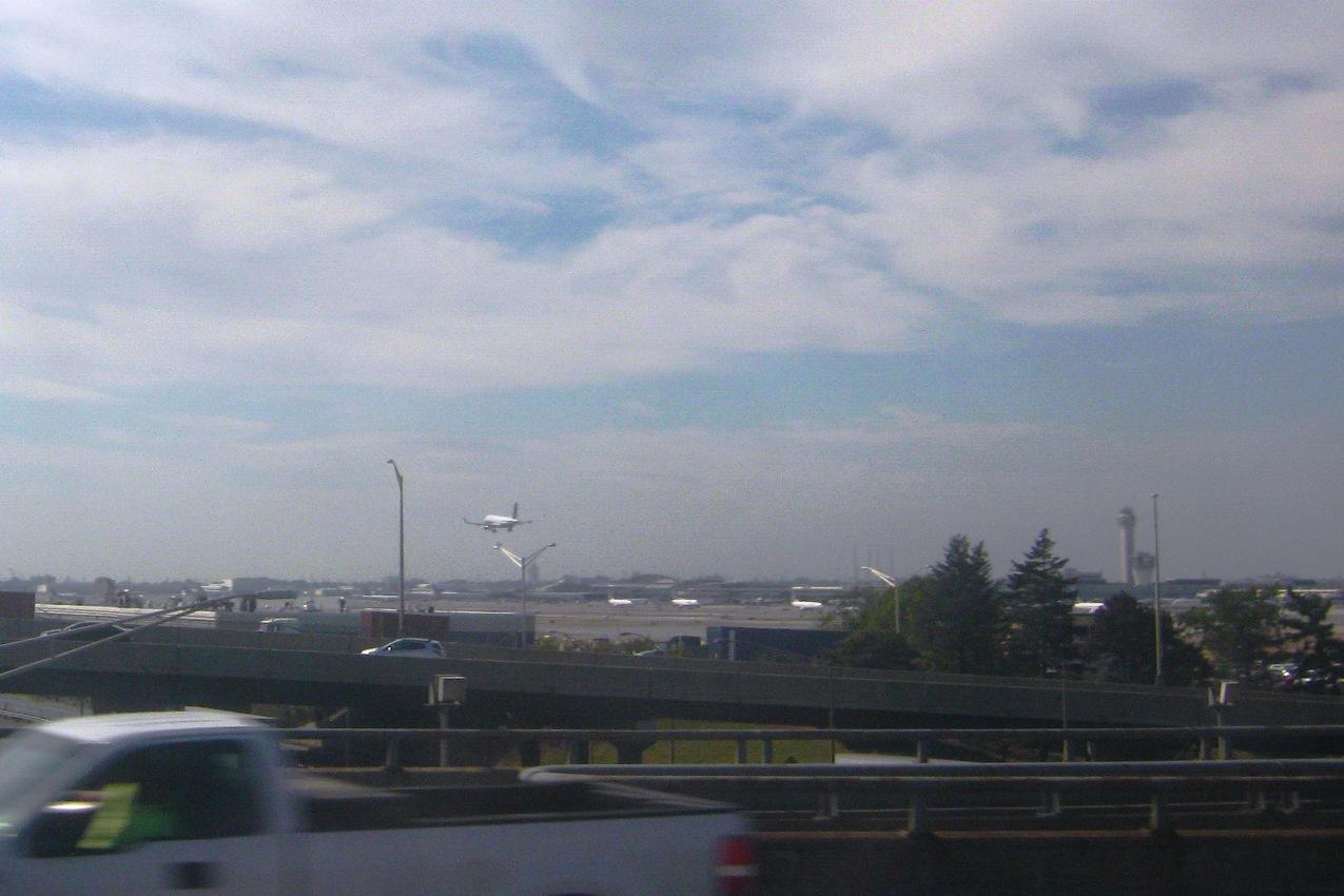 ニューアーク空港。