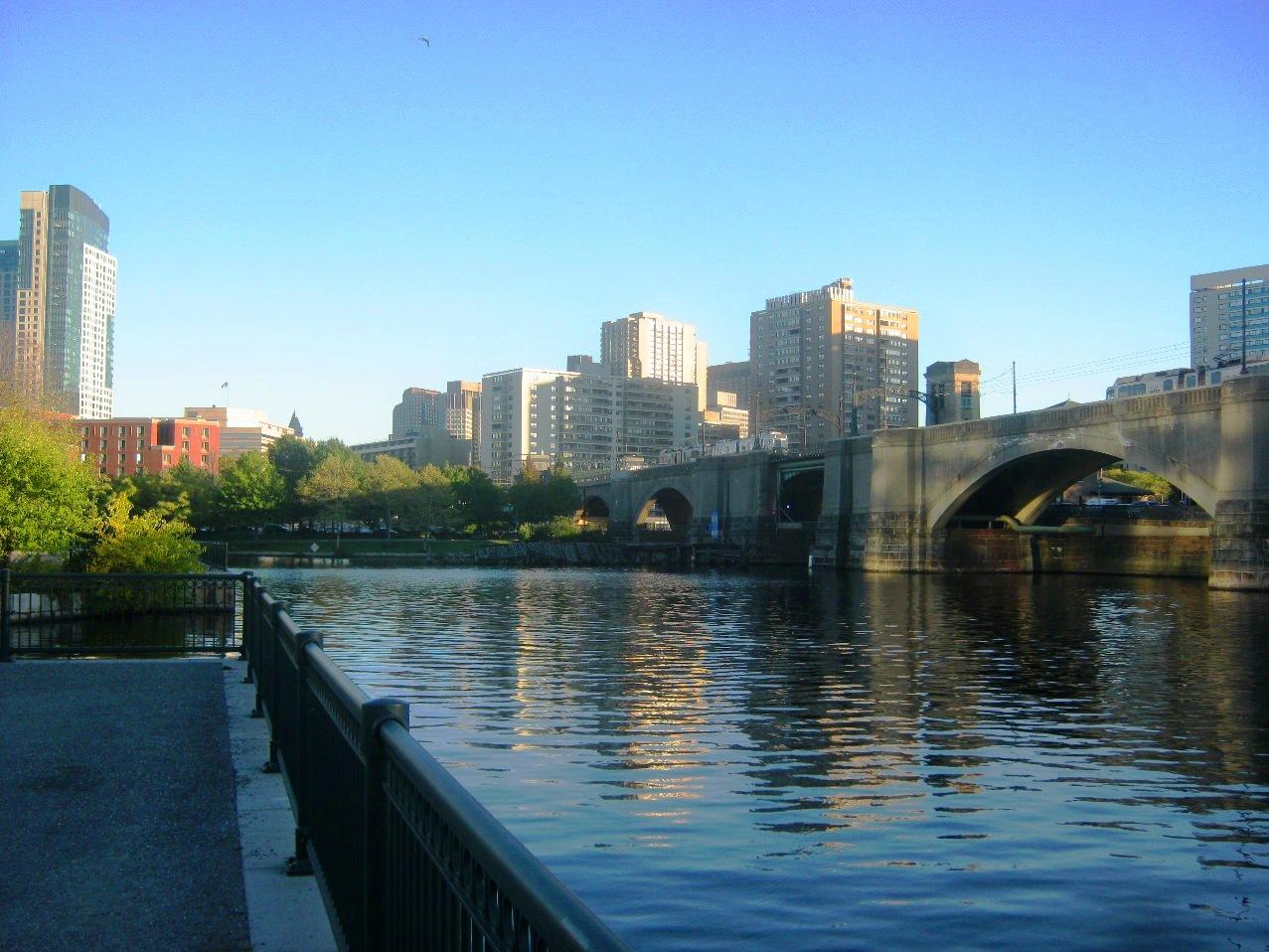 ボストンを流れるチャールズ川。