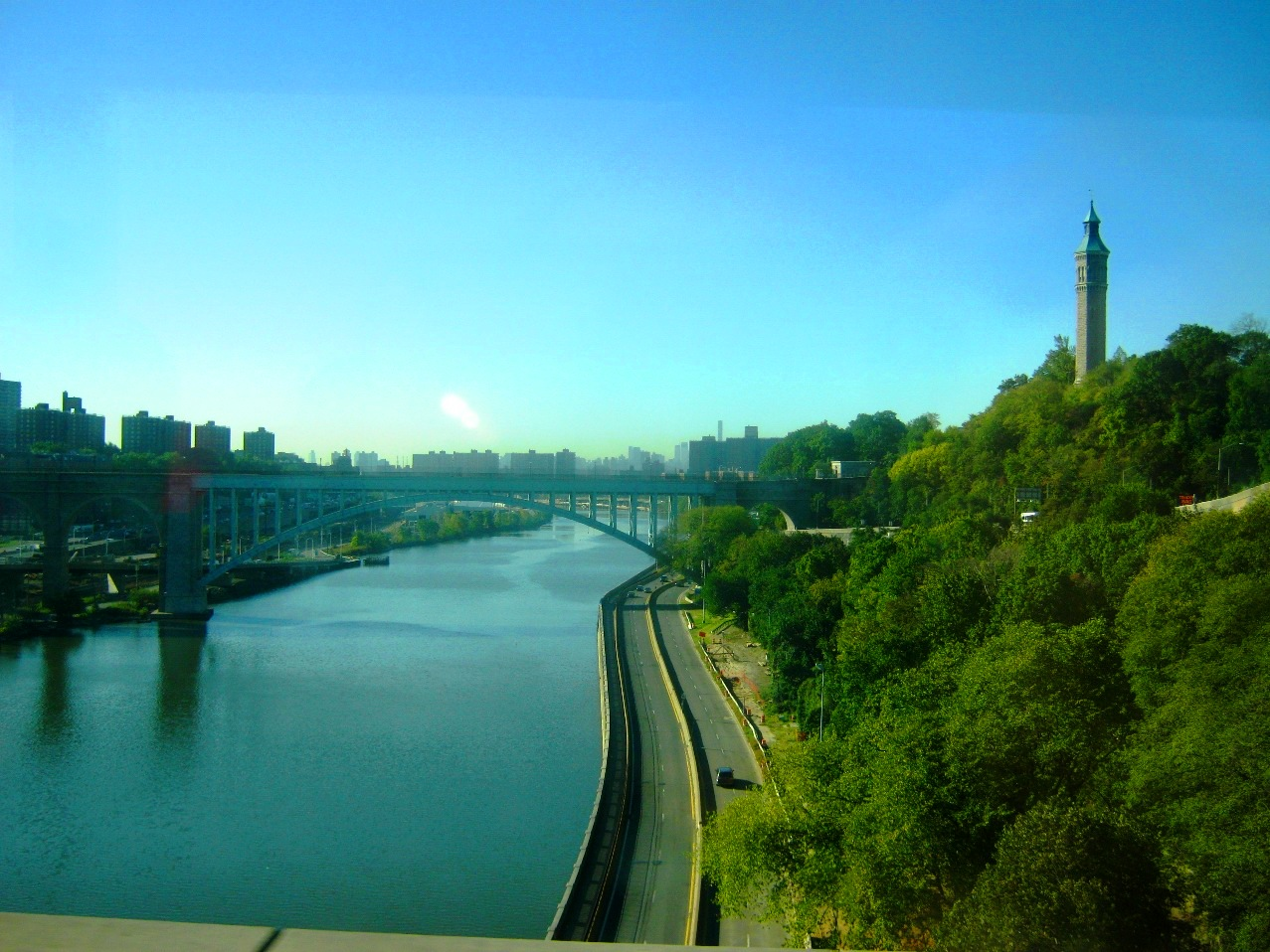 ハーレム川。