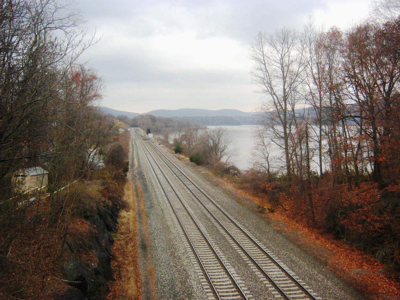 ハドソン川沿いの鉄道