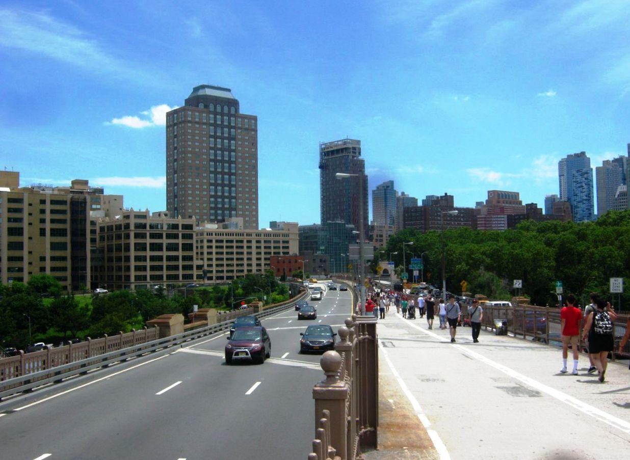 ブルックリン橋のたもとから見たブルックリン区中心部