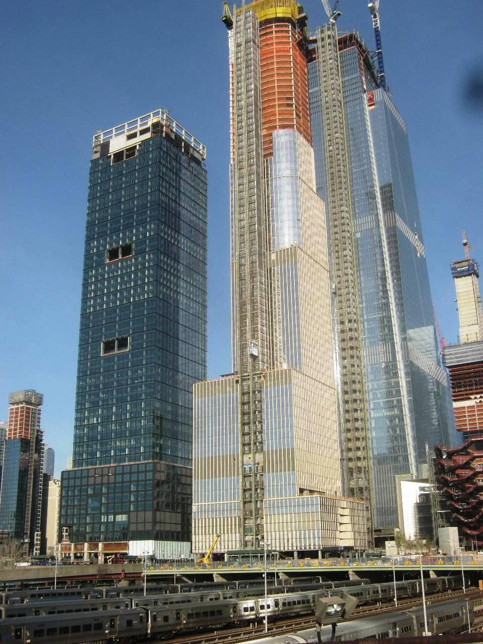 ハドソンヤード高層ビル街